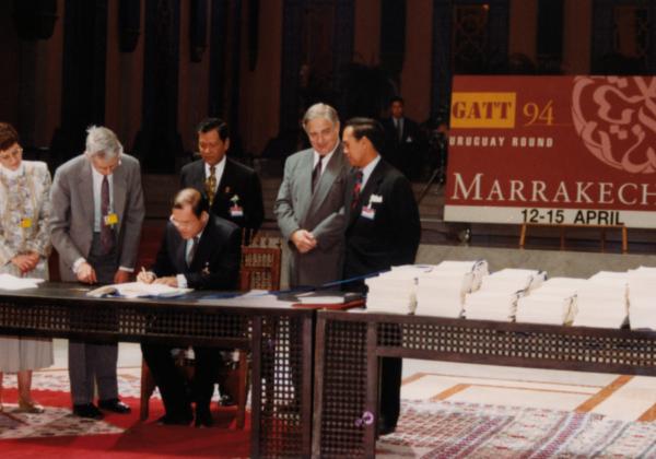 15 aprile 1994 – Firmato l'Accordo di Marrakech