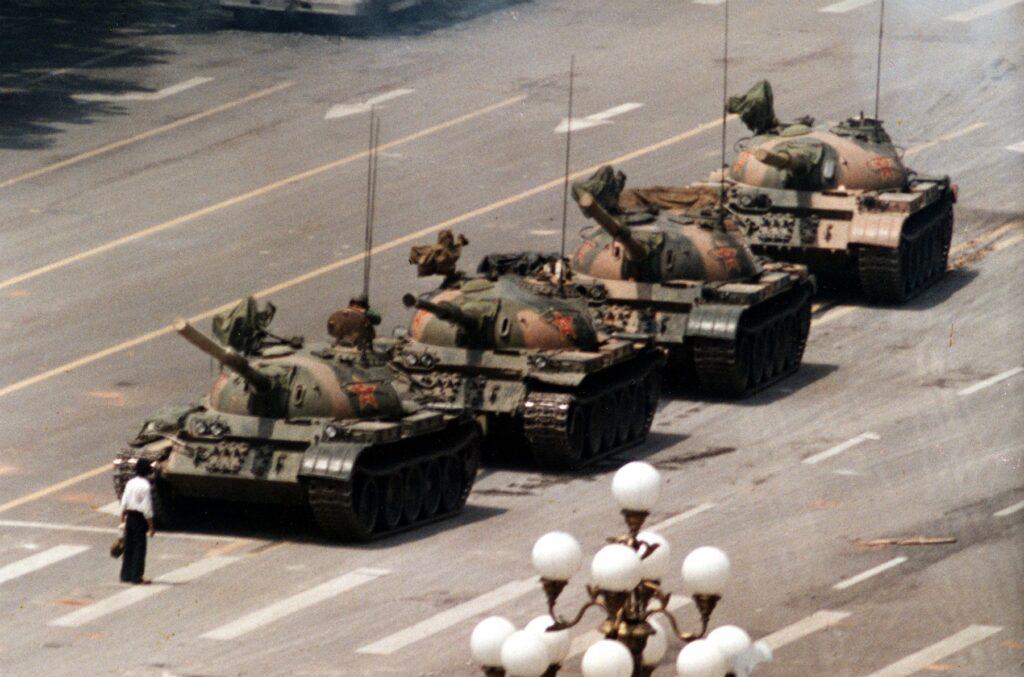 """5 Giugno 1989 - Il """"Rivoltoso Sconosciuto"""""""