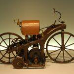 29 Agosto 1885 - Brevettato il primo motociclo con motore a combustione interna