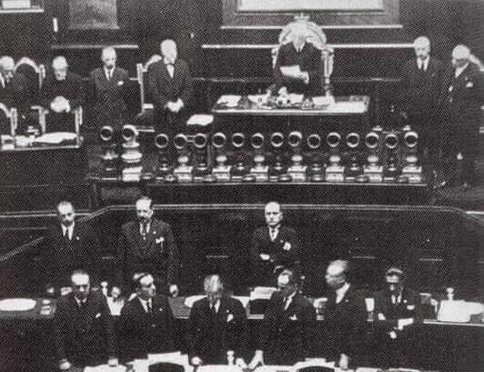 16 Novembre 1922 – Mussolini pronuncia il Discorso del Bivacco