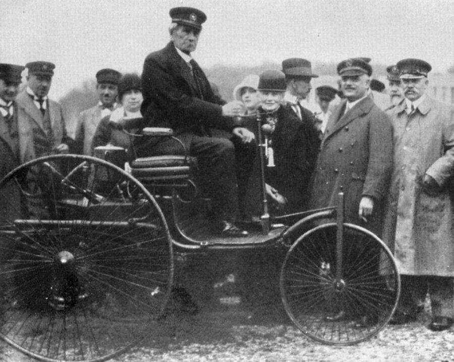 29 Gennaio 1886 – Karl Benz brevetta l'automobile a benzina