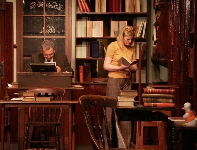 84, Charing Cross Road: una relazione commerciale d'amore per i libri