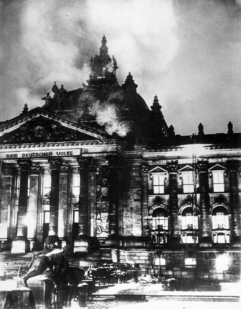 28 febbraio 1933 – Approvato il Decreto dell'incendio del Reichstag