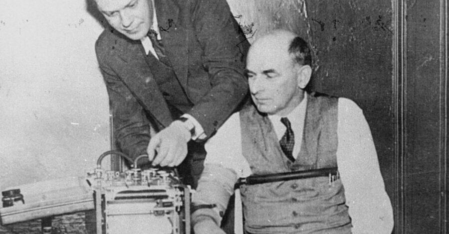 La macchina per scoprire la menzogna inventata in America negli anni '30. Ecco come funzionava
